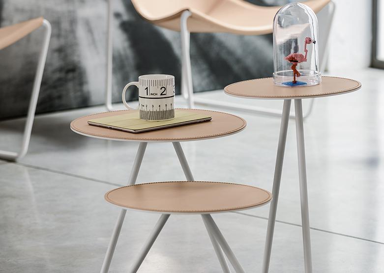 Столик Apelle Trio